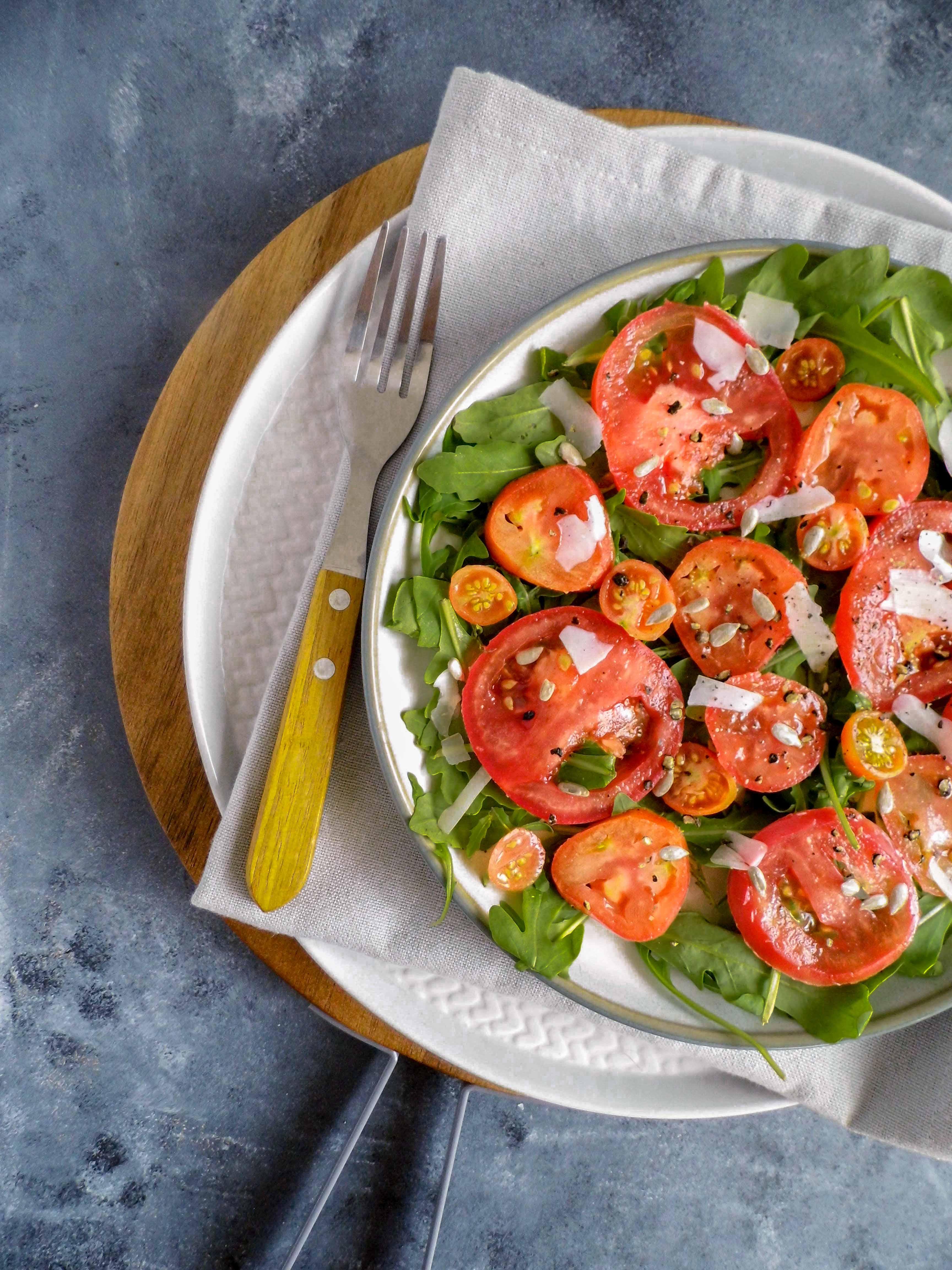 Wegetariańskie carpaccio z pomidorami