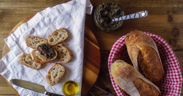 Tapenada, pasta z oliwek