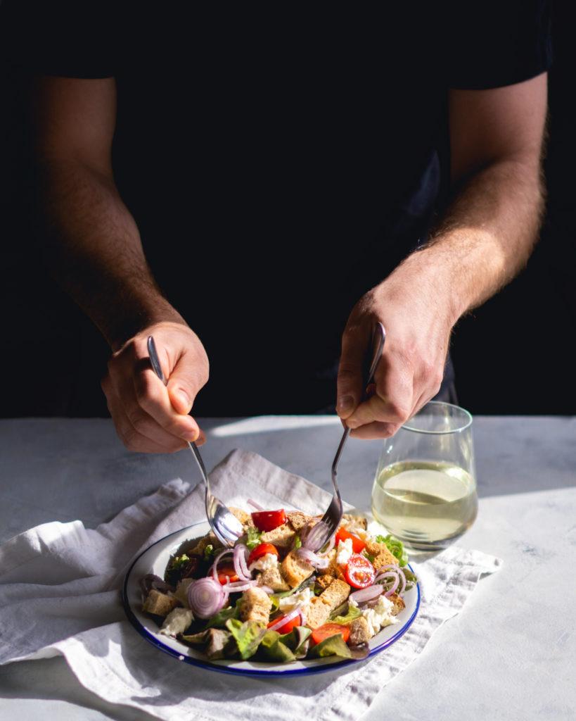 Sałatka panzanella