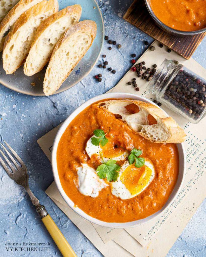 Śniadanie zdrowe z jajkiem