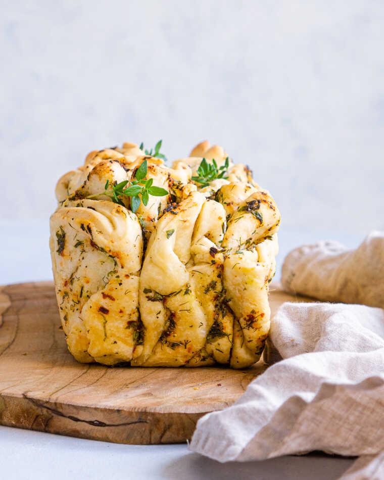 Chlebek z ziołami